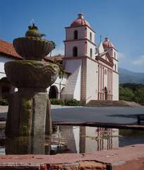 Mission, Santa Barbara, facade, fountain, earthquake, Tom Jewett, church