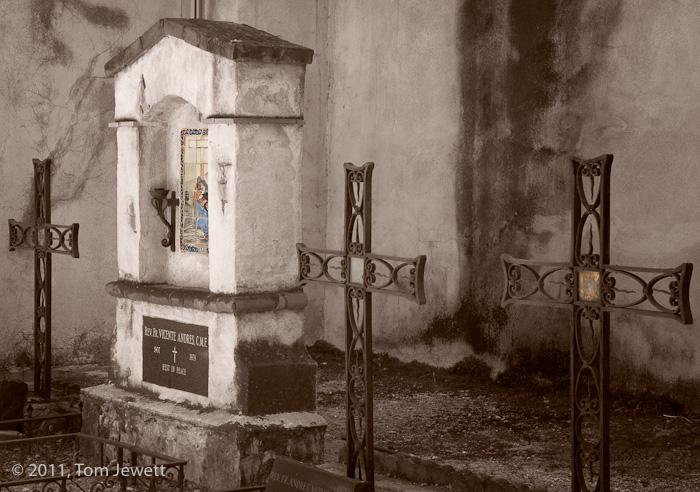 Mission, San Gabriel, cemetery, Tom Jewett, photo