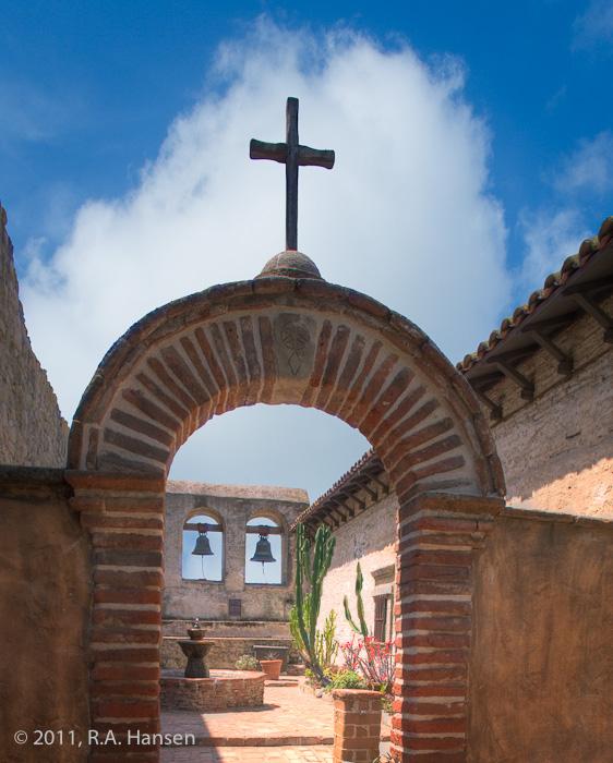 Mission, San Juan Capistrano, courtyard, bells, fountain, San Juan, photo